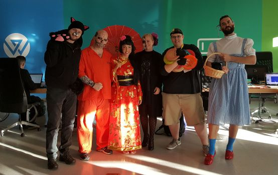 Halloween 2016 Costume Contest!